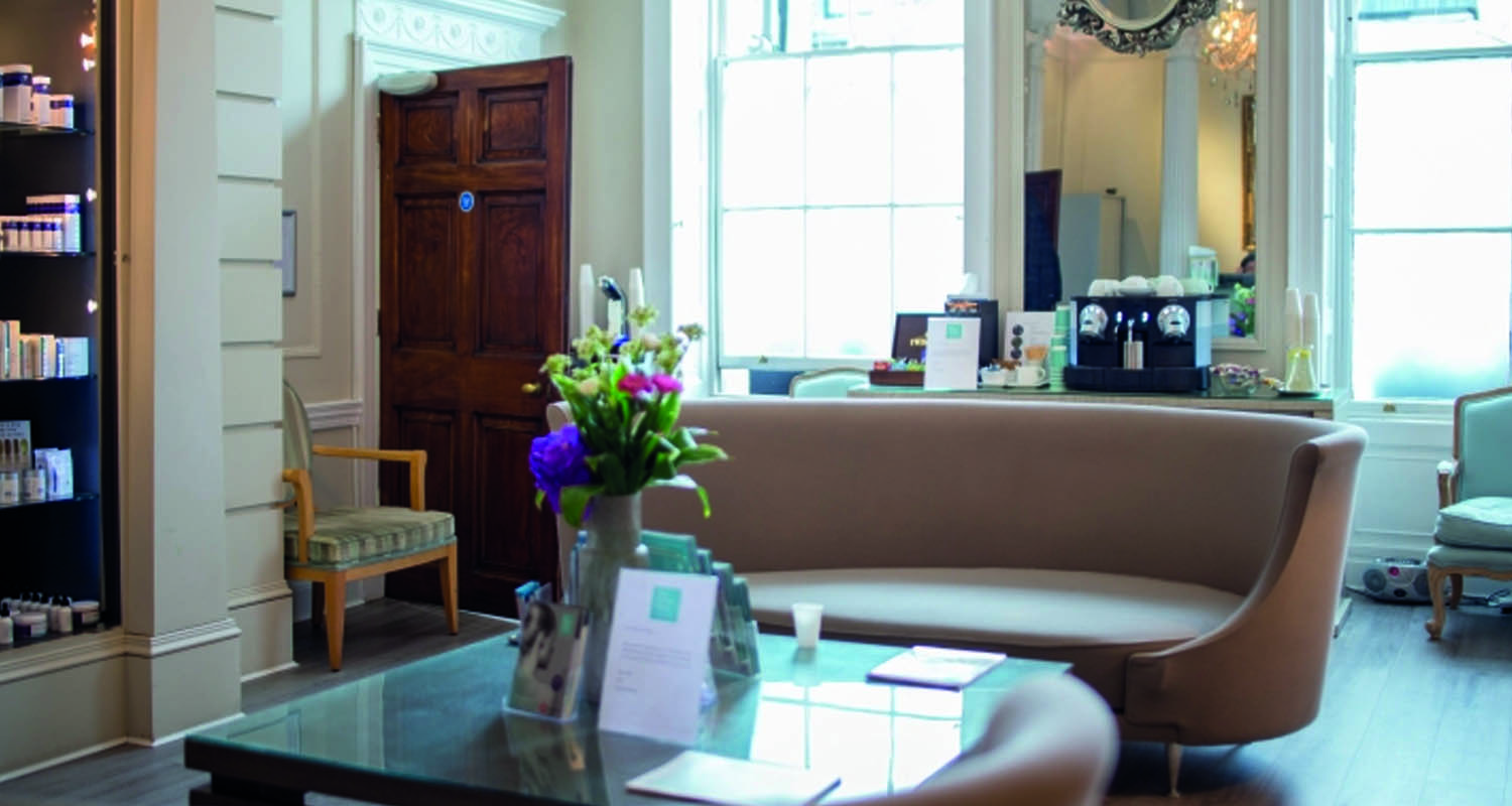 Plastic Surgeon at The Private Clinic Harley Street